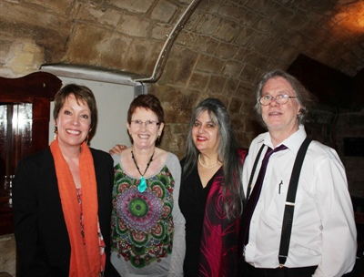 L'auteure Martine Noël-Maw, la traductrice Margaret Wilson Fuller, l'éditrice Carol Sokoloff et l'éditeur Richard Olafson de Ekstasis Editions.